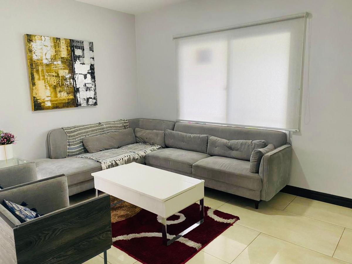 Foto Casa en condominio en Venta en  San Rafael,  Escazu  Escazú/ Amplitud/ Comodidad/ Buenos espacios/ Jardín con terraza