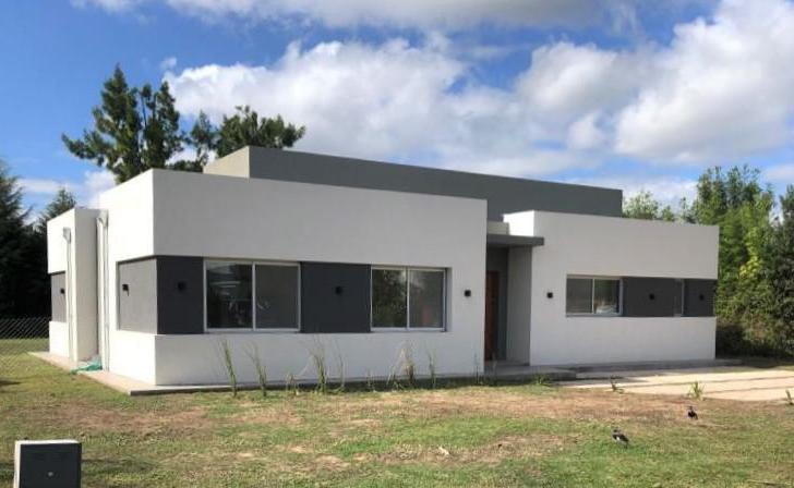 Foto Casa en Venta en  Malibu,  Countries/B.Cerrado (San Vicente)  Venta - Casa a estrenar en Malibú