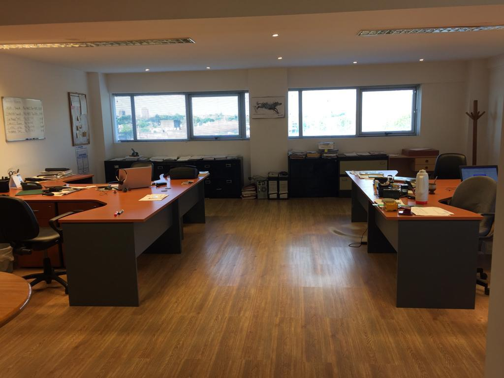 Foto Oficina en Venta en  Beccar,  San Isidro  Excelentes oficinas en venta. Cocheras propias. Seguridad 24hs. Beccar