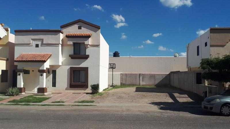 Foto Casa en Venta |  en  Montecarlo,  Hermosillo  MONTECARLO. MUCHO TERRENO!!!