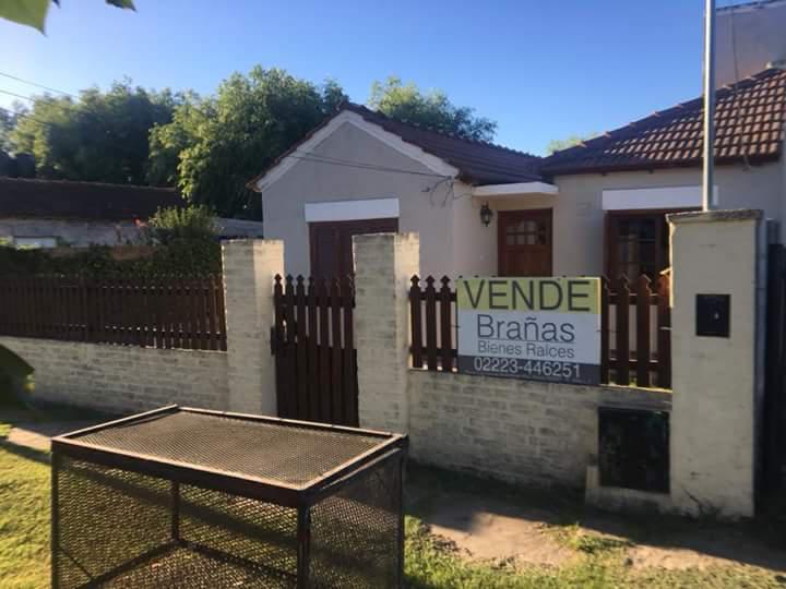 Foto Casa en Venta en  Jeppener,  Coronel Brandsen  Jeppener, partido de Brandsen
