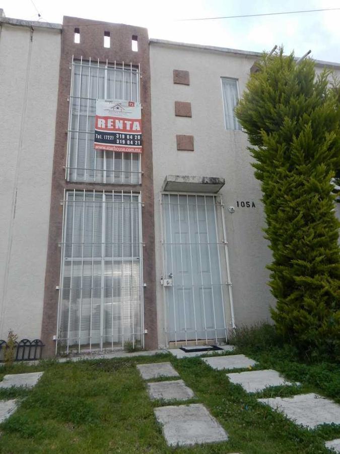 Foto Casa en condominio en Renta |  en  Bosques Residencial,  Zinacantepec         CASA EN RENTA  BOSQUES DE ICA , ZINACANTEPEC