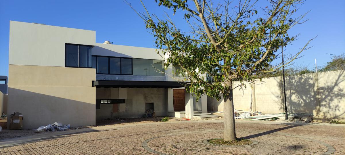 Foto Casa en Venta en  Temozon Norte,  Mérida  Residencia en Venta Solasta Residencial