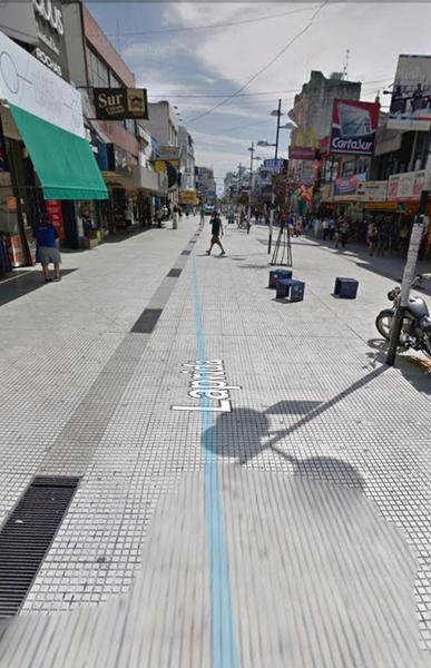 Foto Local en Alquiler en  Lomas de Zamora Oeste,  Lomas De Zamora  LAPRIDA 200