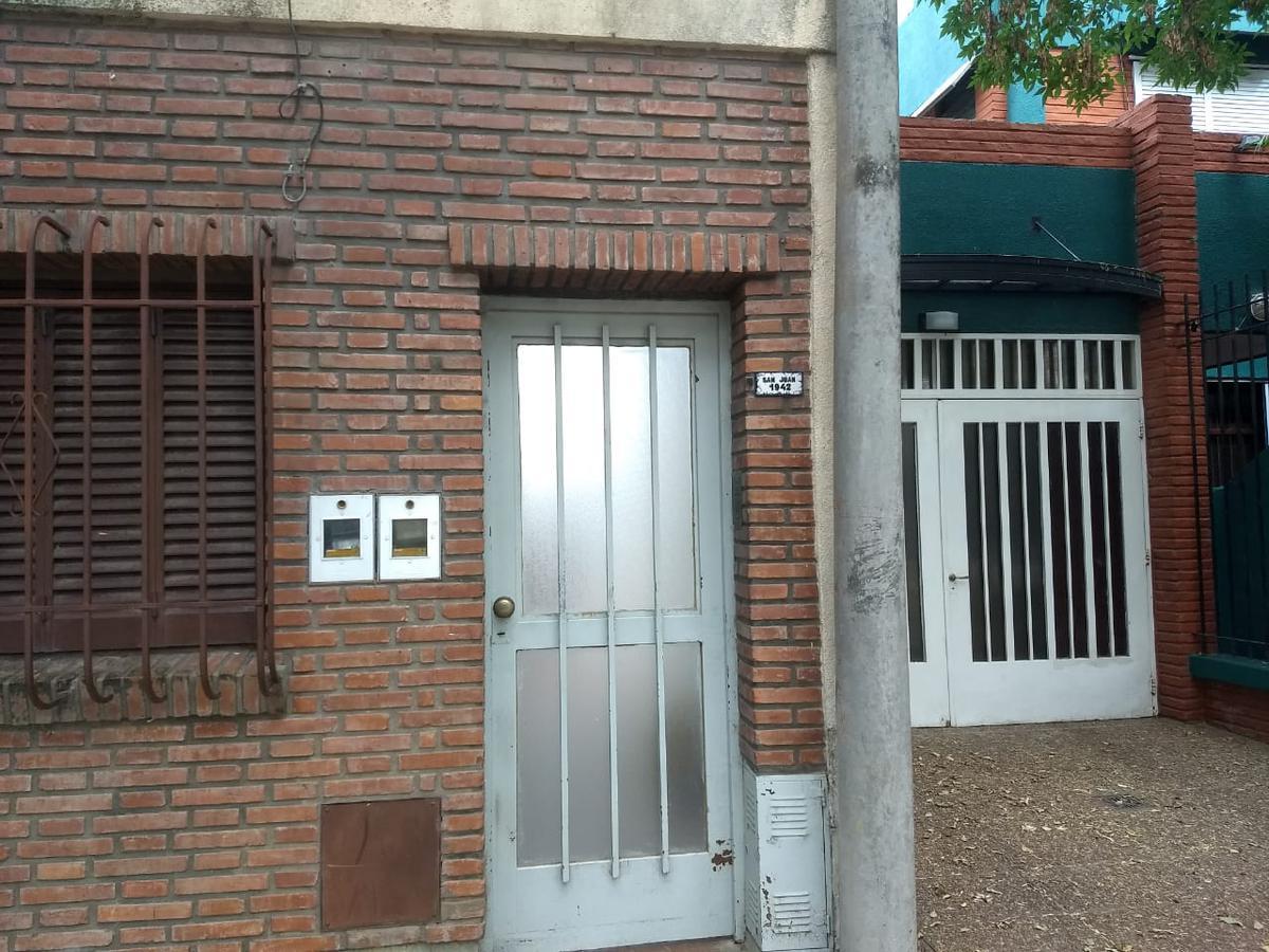 Foto Departamento en Venta en  La Capital ,  Santa Fe  San Juan 1942