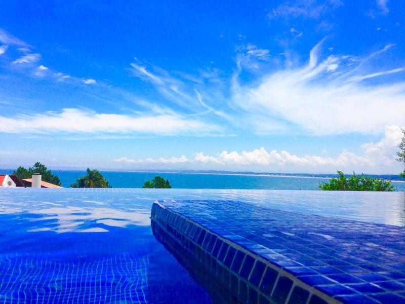 Foto Casa en Venta | Alquiler | Alquiler temporario en  Punta Ballena ,  Maldonado  Importante Residencia con la mejor vista de Punta Ballena