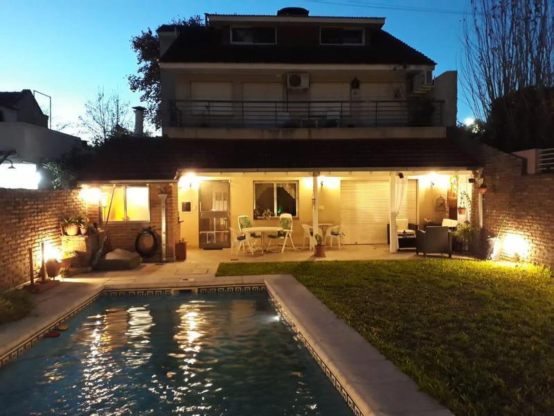 Foto Casa en Venta en  Florida,  Vicente López  Gral. Justo Jose de Urquiza 3028