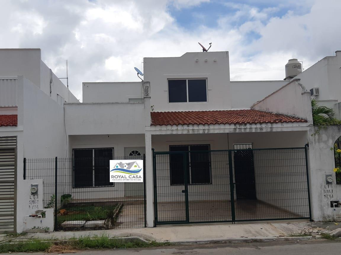 Foto Casa en Venta en  Bosque Real,  Solidaridad  CASA DE 3 REC. GRANDE EN SUPER UBICACIÓN