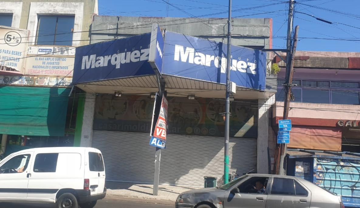 Foto Local en Venta en  Villa Santos Tesei,  Hurlingham  Avenida Vergara 2.334