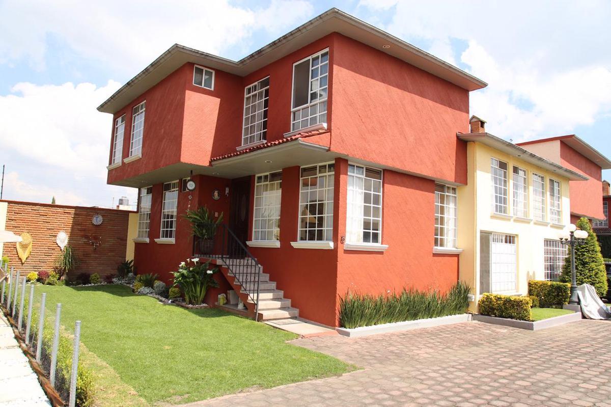 Foto Casa en condominio en Venta en  San Salvador Tizatlalli,  Metepec  Adolfo Lopez Mateos