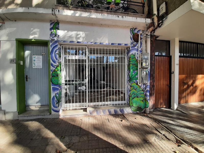Foto Local en Alquiler en  Colonia del Sacramento ,  Colonia  Ituzaingó entre General Flores y 18 de julio