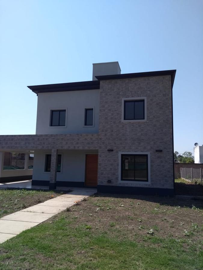 Foto Casa en Alquiler en  Quinta Azucena,  Countries/B.Cerrado (Yerba Buena)  barrio privado quinta azucena