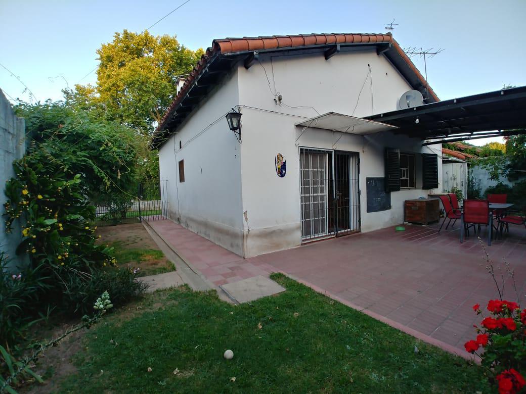 Foto Casa en Alquiler en  Jose Marmol,  Almirante Brown  Saenz Peña al 900