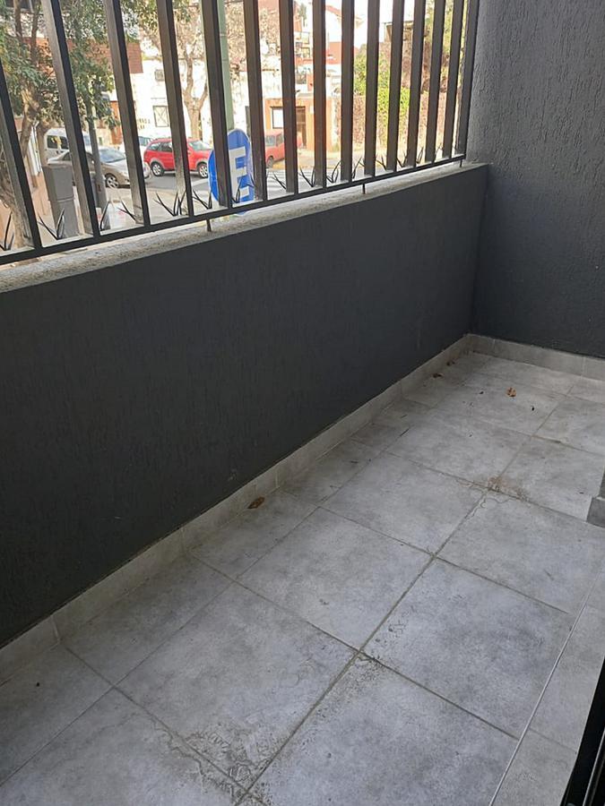 Foto Departamento en Venta en  Saavedra ,  Capital Federal  Deheza 3100 1°A