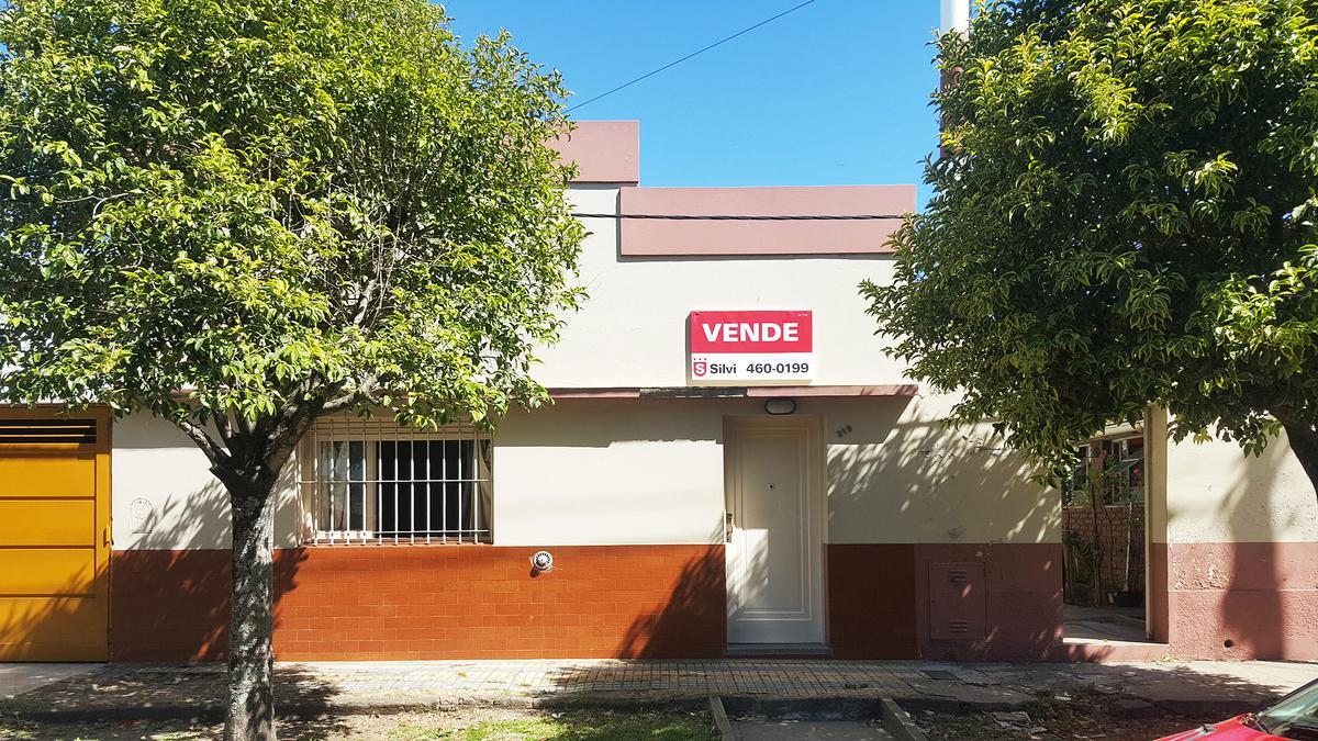 Foto Casa en Venta en  Ensenada,  Ensenada  Calle Perú #219 e/ H. Irigoyen y Aristóbulo del Valle