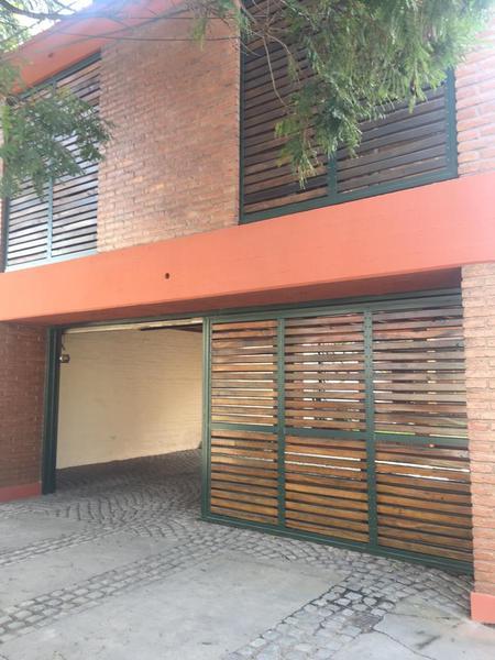 Foto Casa en Alquiler en  Capital ,  Tucumán  Chile al 600