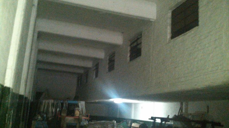 Foto Depósito en Venta | Alquiler en  Lanús Oeste,  Lanús  Florida al 2100