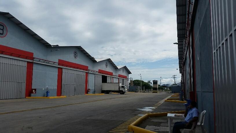 Foto Bodega en Alquiler en  Norte de Guayaquil,  Guayaquil  Alquilo Excelente Galpon Industrial, Duran, 2600 m²
