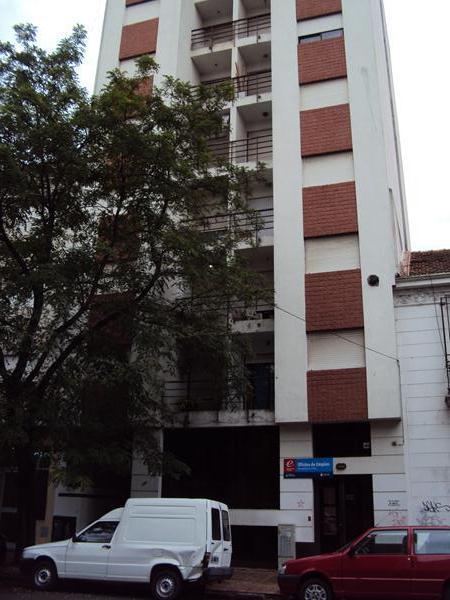 Foto Departamento en Alquiler en  La Plata ,  G.B.A. Zona Sur  50 entre 2 y 3