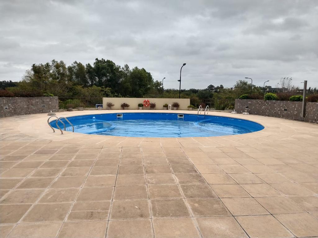 Foto Oficina en Venta en  Nordelta,  Countries/B.Cerrado (Tigre)  Av. del Mirador 360, Terrazas de la Bahia. Oficina monoambiente con cochera. Venta
