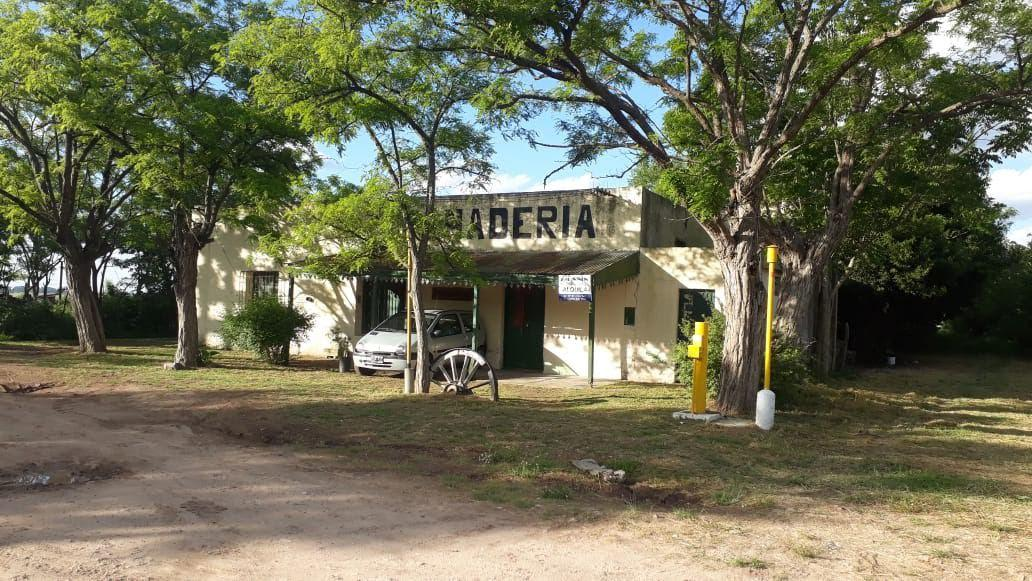 Foto Local en Venta en  Estacion Gomez,  La Plata  Calle 312 y Jansen - Estación Gómez