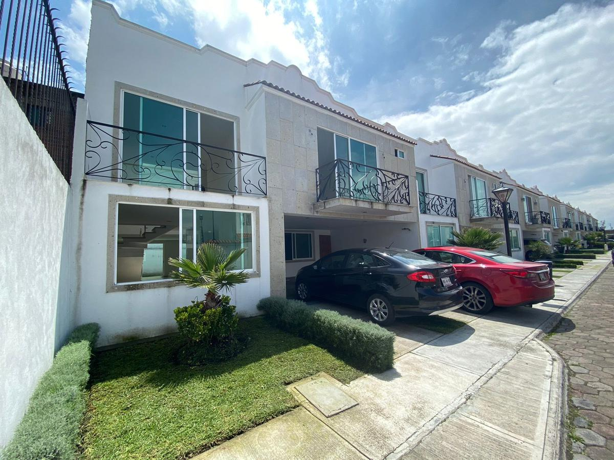 Foto Casa en condominio en Renta en  San Mateo,  Metepec  Renta  de casa en Real  Metepec