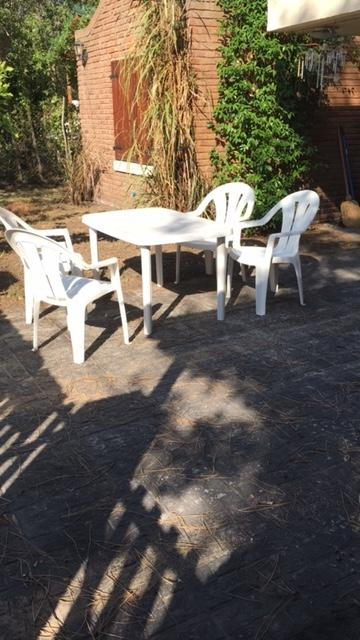 Foto Casa en Venta en  Villa Gesell ,  Costa Atlantica  Avenida 4 Nº2800