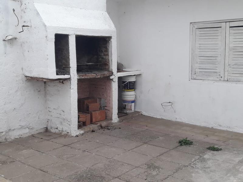 Foto Casa en Venta en  General Bustos,  Cordoba  Casa en venta en General Bustos - Tres dormitorios