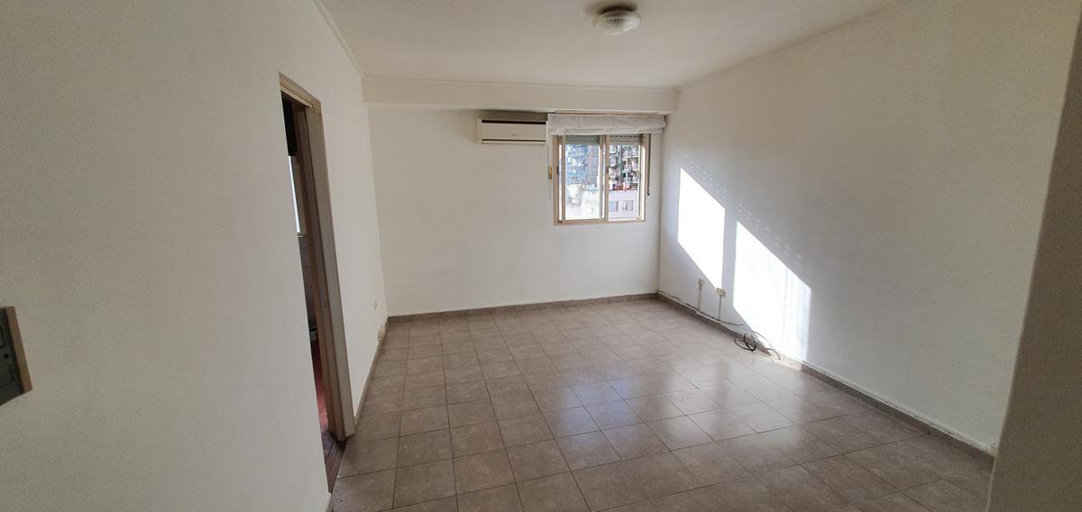 Foto Departamento en Alquiler en  Caballito ,  Capital Federal  Formosa al 300