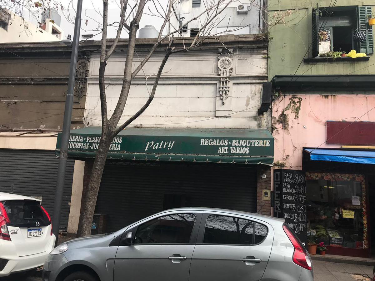 Foto Local en Venta en  Flores ,  Capital Federal  condarco al 300