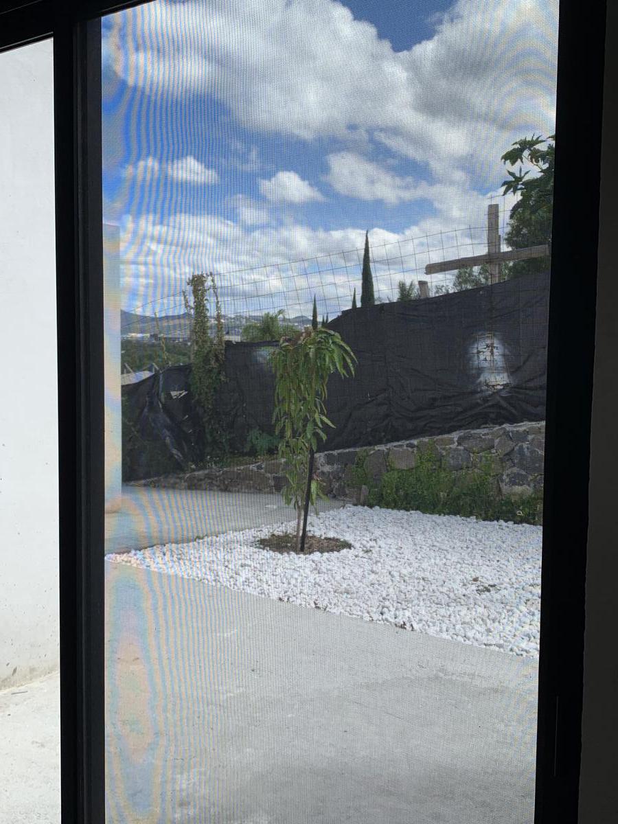 Foto Casa en Renta en  Club de golf Balvanera Polo y Country Club,  Corregidora  CASA EN RENTA AMUEBLADA O SIN AMUEBLAR NUEVA DE UNA PLANTA