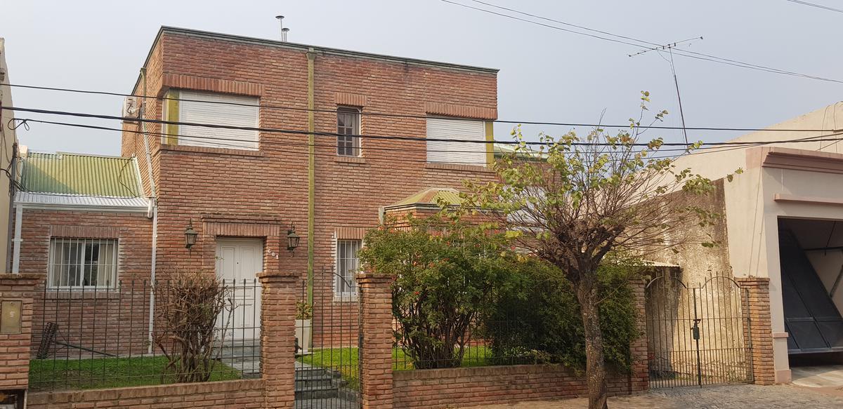 Foto Casa en Venta en  Capilla Del Señor,  Exaltacion De La Cruz  Casa de 5 dormitorios