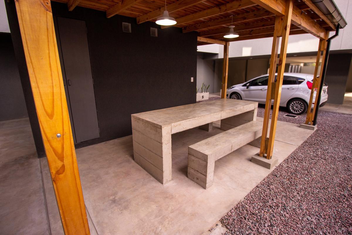 Foto Departamento en Venta en  Ingeniero Adolfo Sourdeaux,  Malvinas Argentinas  Cerviño al 5900
