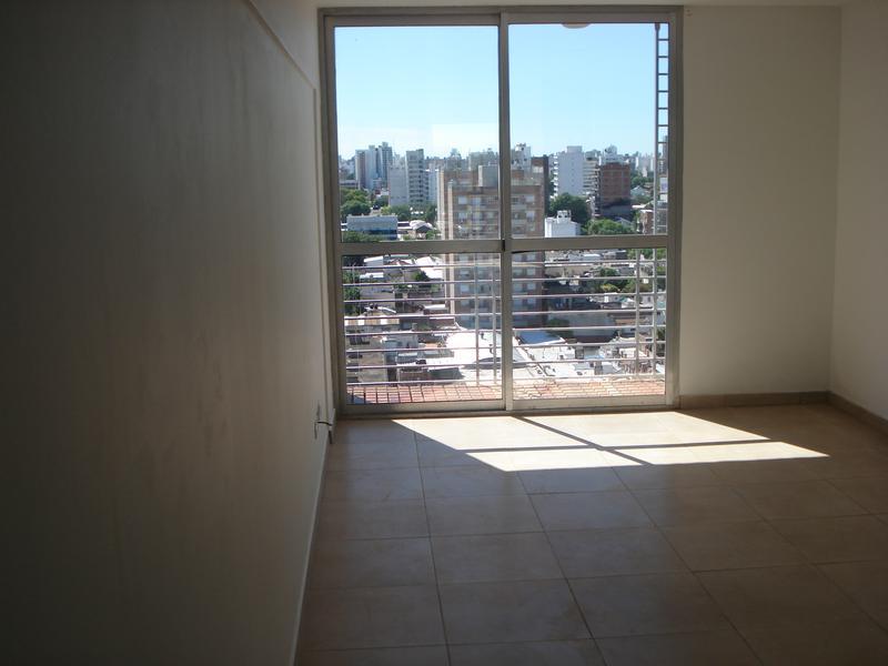 Foto Departamento en Alquiler |  en  Echesortu,  Rosario  San Nicolas al 1200