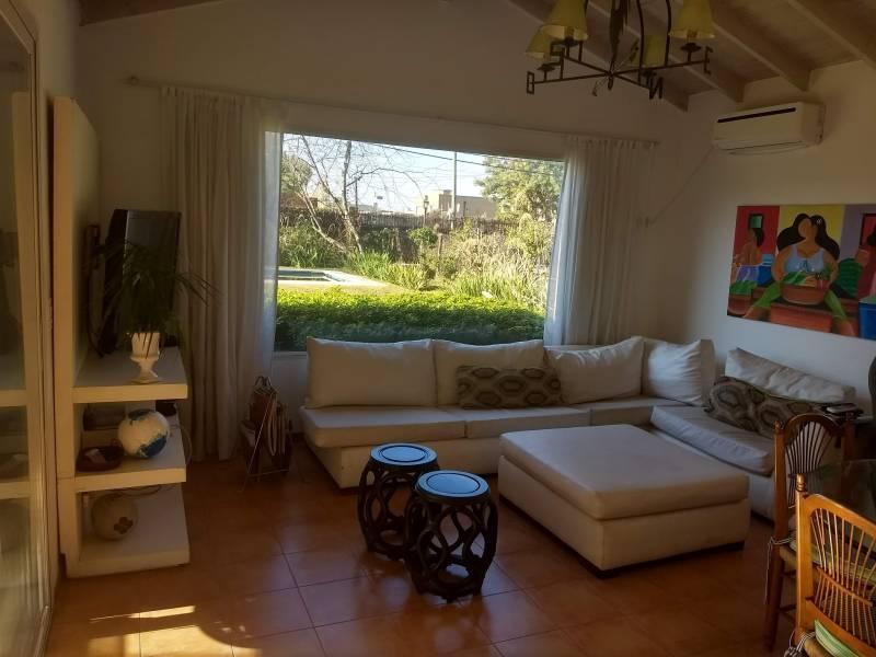 Foto Casa en Venta en  Los Senderos I,  Countries/B.Cerrado (Pilar)  Patricias Argentinas al 1000