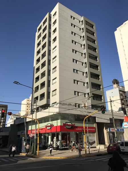 """Foto Departamento en Alquiler en  Lomas de Zamora Oeste,  Lomas De Zamora  LORIA 387 esquina Av. H. Yrigoyen, 7mo. """"A"""""""