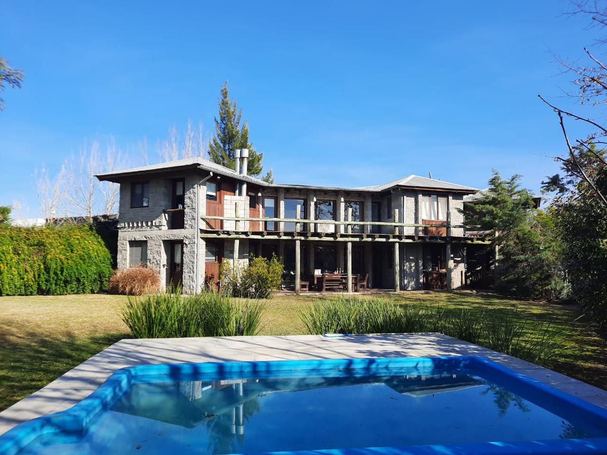 Foto Casa en Venta en  Laguna Del Sol,  Countries/B.Cerrado (Tigre)  Barrio Privado Laguna del Sol Lote nro al 600