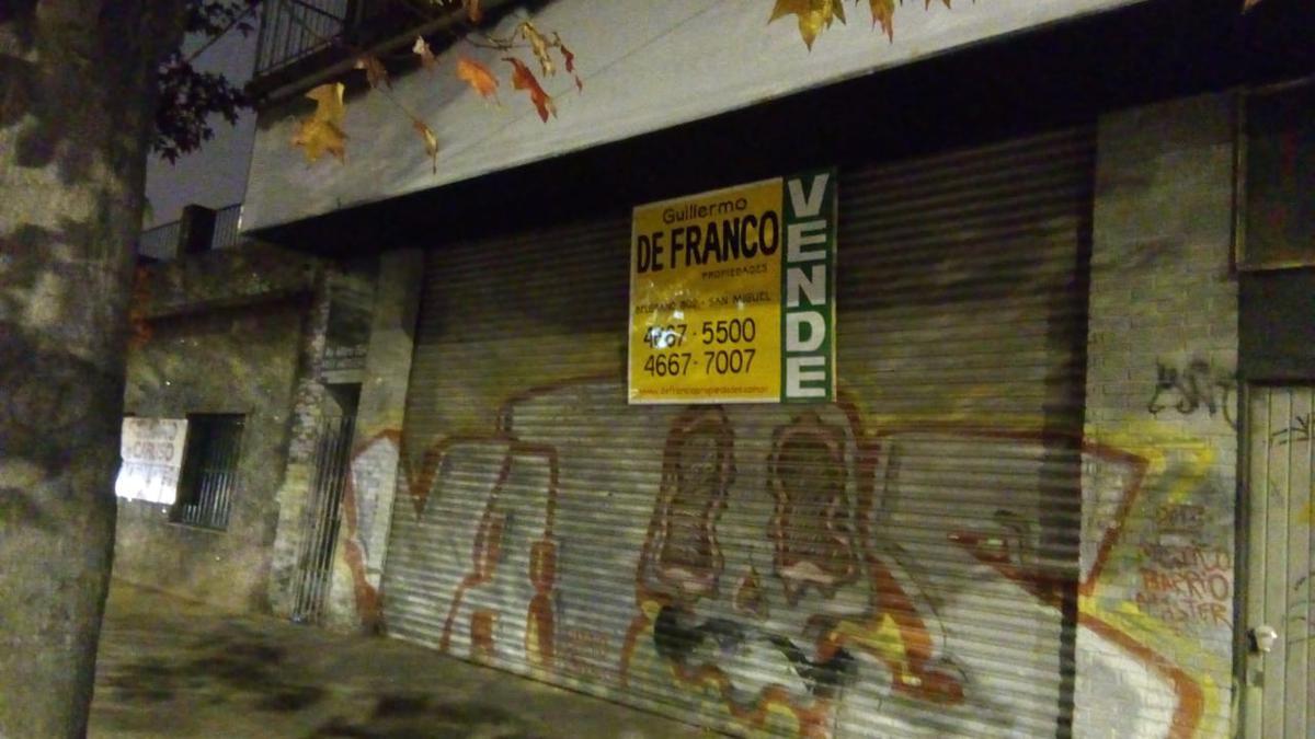 Foto Local en Venta en  San Miguel,  San Miguel  Av Balbin  al 300