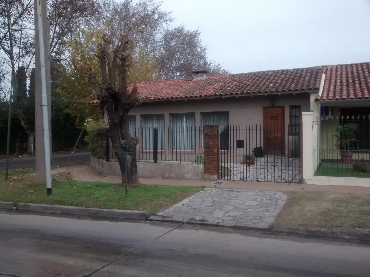 Foto Casa en Venta en  Don Torcuato,  Tigre  Jose Verdi al 500