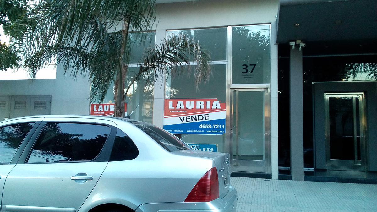 Foto Local en Venta en  Haedo,  Moron  Fray Cayetano Rodriguez 37