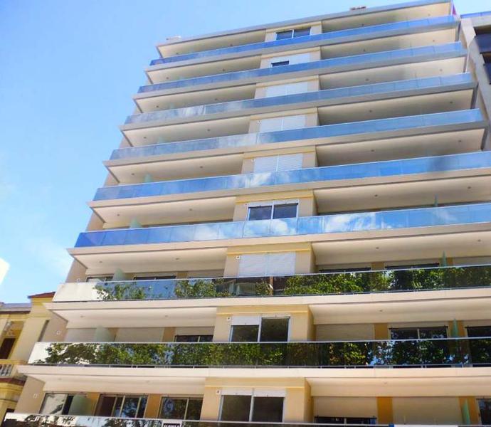 Foto Departamento en Alquiler en  Pocitos ,  Montevideo  CON MUEBLES Y  SUPER EQUIPADO
