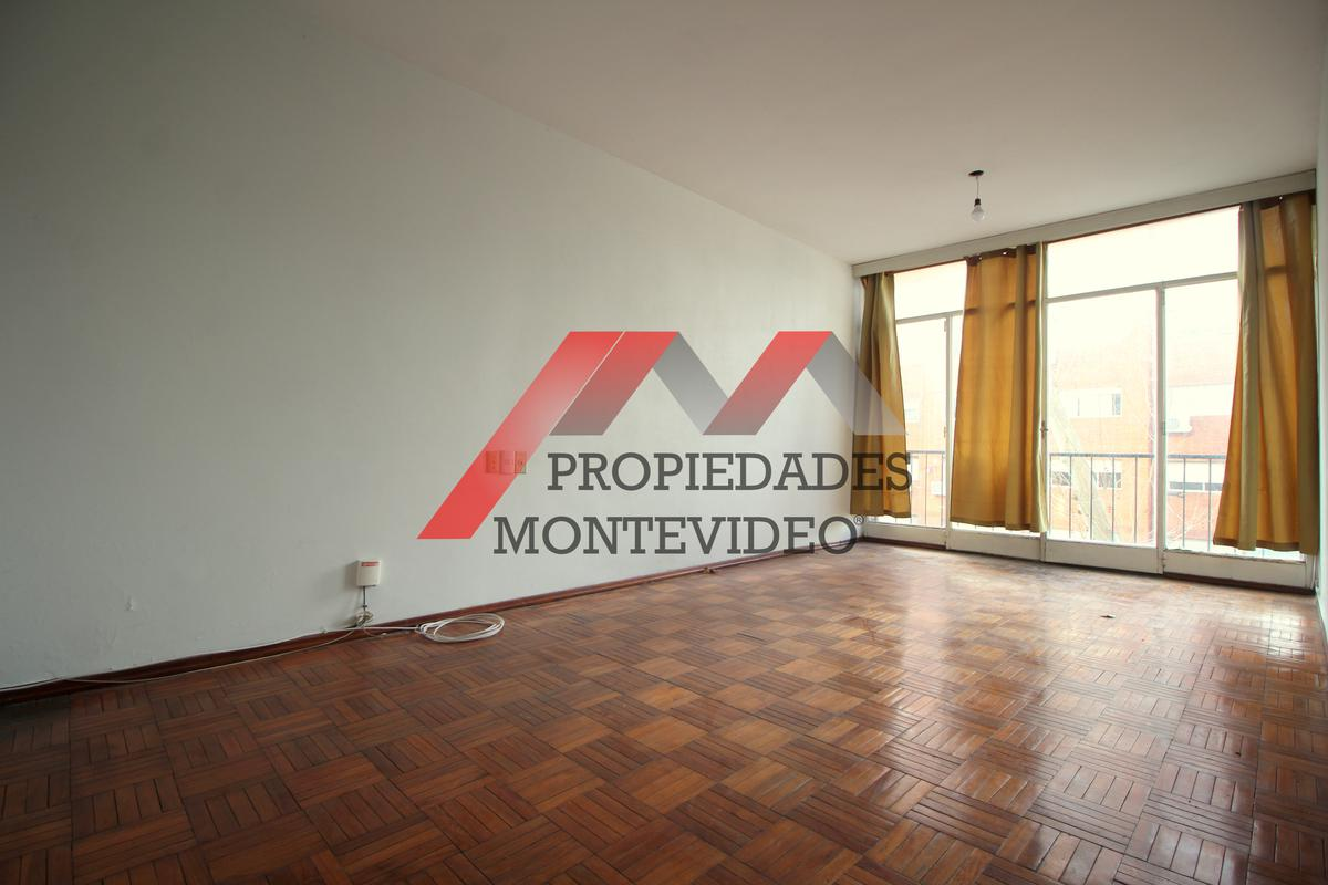 Foto Apartamento en Alquiler en  Centro (Montevideo),  Montevideo  Centro, Maldonado al 800