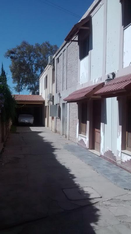 Foto Departamento en Alquiler en  Santa Lucia ,  San Juan  Los Glaciares al 1100