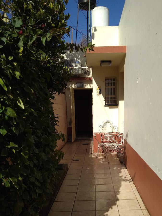 Foto Casa en Venta en  Rosario ,  Santa Fe  Savio al 600, INTERNO