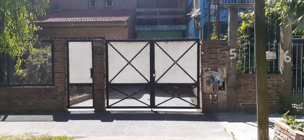 Foto Galpón en Alquiler en  Sarandi,  Avellaneda  Salto al 500