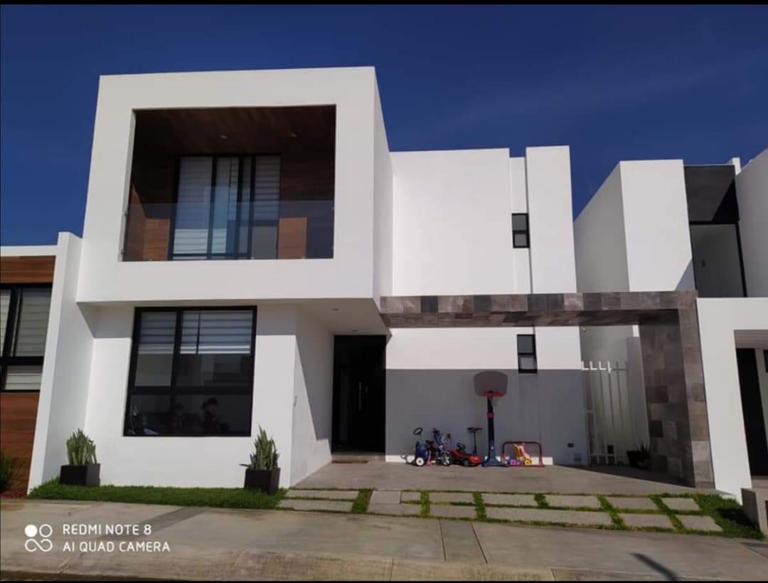 Foto Casa en Renta en  Horizontes,  San Luis Potosí  Paseo Tinto #122, Residencial Alto Lago