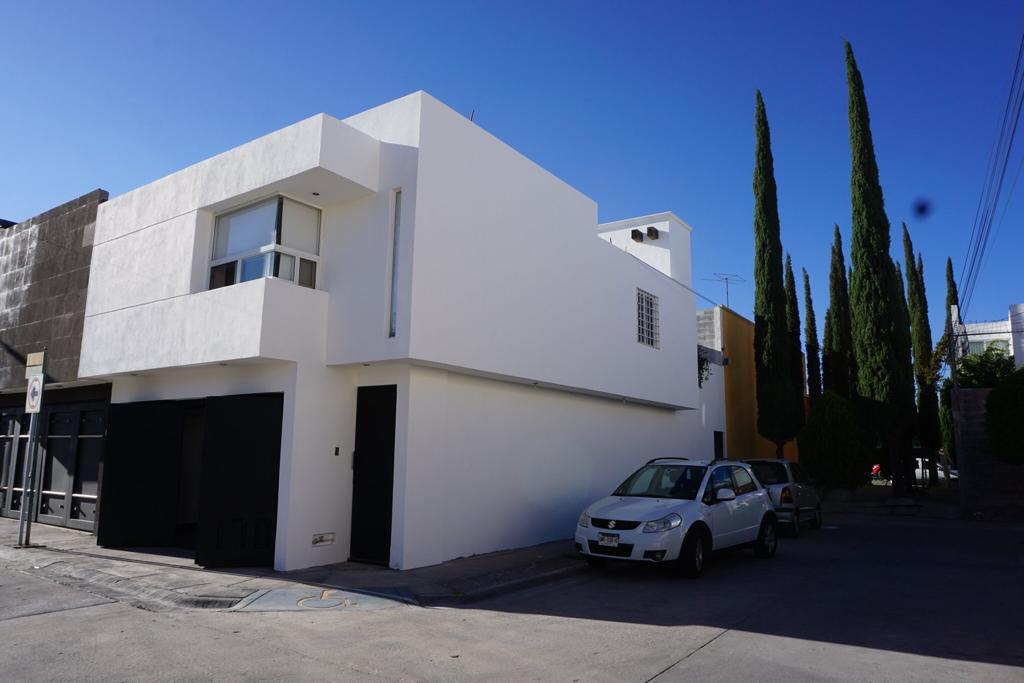 Foto Casa en Venta en  San Luis Potosí ,  San luis Potosí  CASA EN VENTA EN LOS ALAMOS, SAN LUIS POTOSI