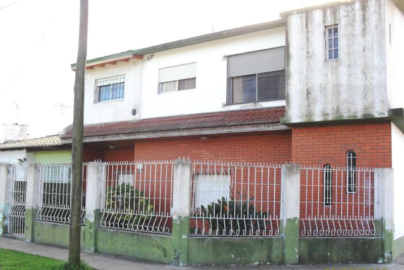 Foto Casa en Venta en  Jose Clemente Paz ,  G.B.A. Zona Norte  Chile al 2600