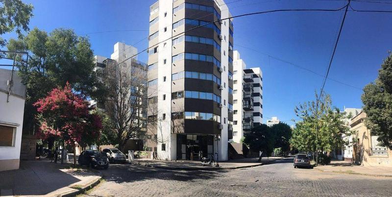 Foto Oficina en Venta en  La Plata,  La Plata  5 esq. 39 - La Plata
