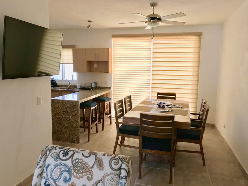 Foto Casa en condominio en  en  Fraccionamiento Terralta,  Bahía de Banderas  Renta vacacional, cerca de playa en coto con alberca (Casa Laura)